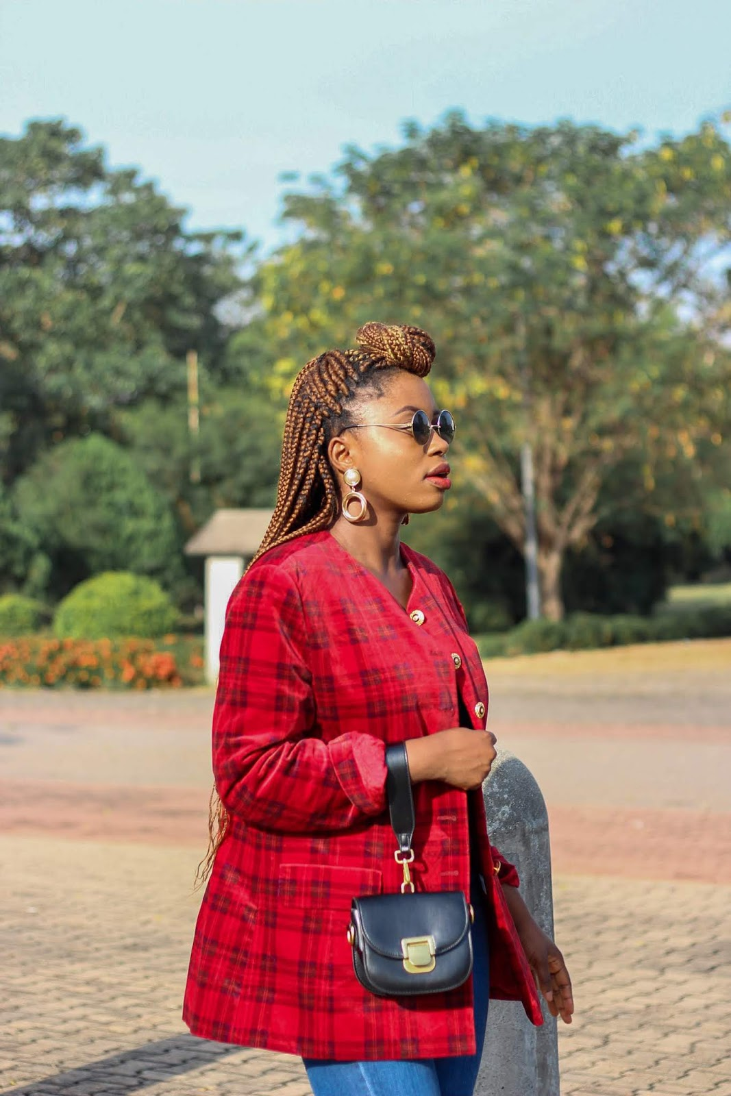 how to style Plaid tartan blazer jacket