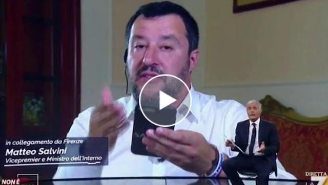 سابقة..بالفيديو: وزير الداخلية الإيطالية سالفيني يكتشف عبر التلفزيون أن مهاجرين تم إنزالهم وادخالهم إيطاليا