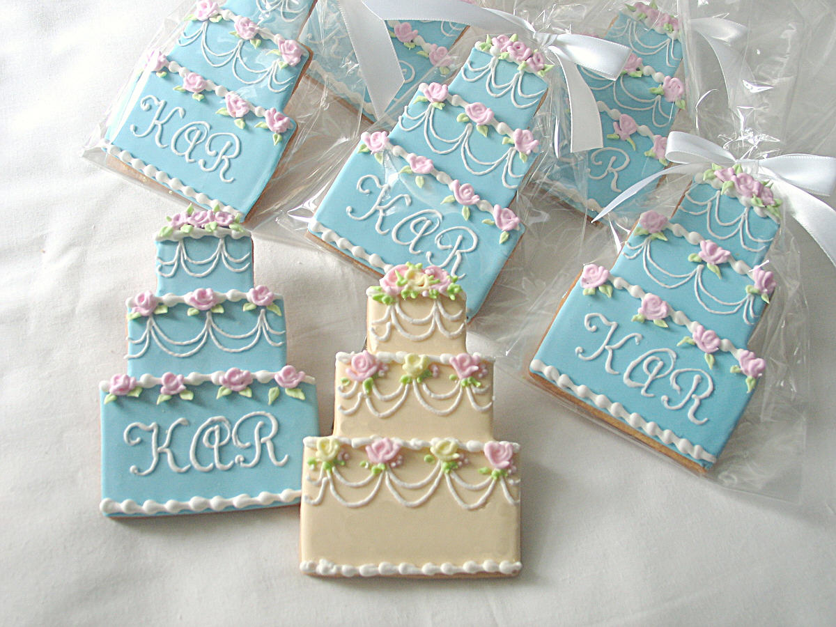 decorated wedding cake cookies wedding favors cheap make your own wedding cake 13376