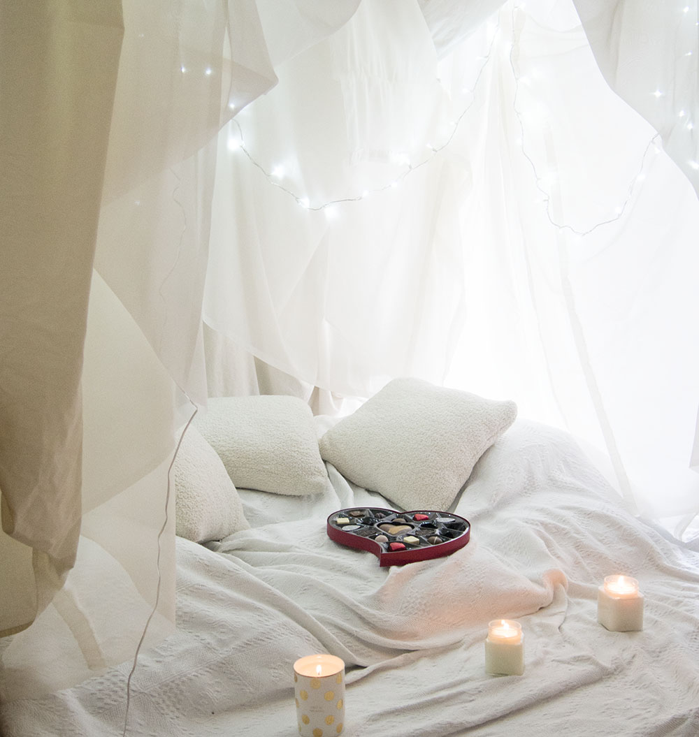 We Built A Blanket Fort | Valentine's Day | Amara Kate Spade Fig Scented Candle