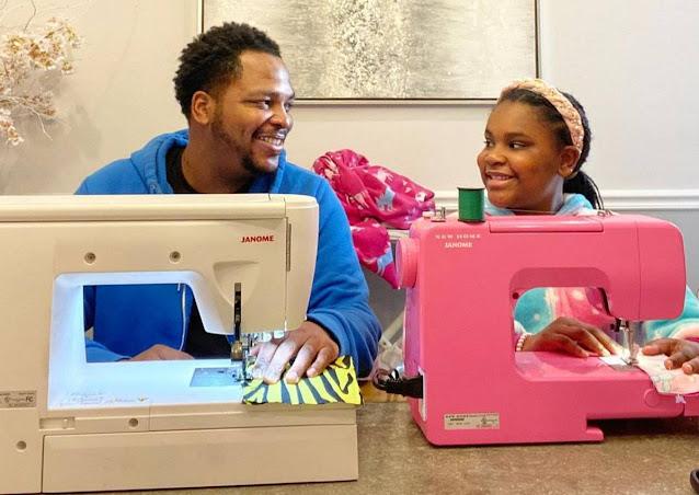 Отец в одиночку воспитывает 9-летнюю дочь, успевая шить ей наряды, которым завидует вся школа