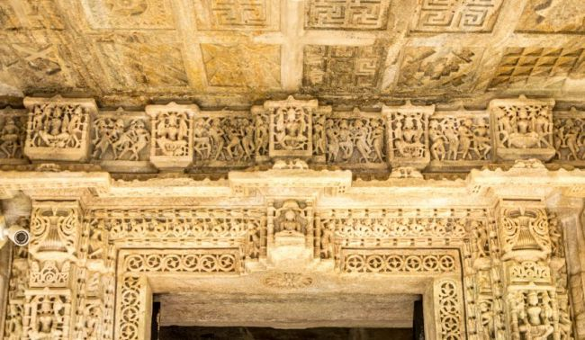 Beautiful carvings on the upper ledge of main entrance
