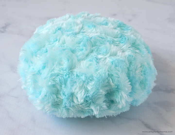 Stuffed Pygmy Puff Circle