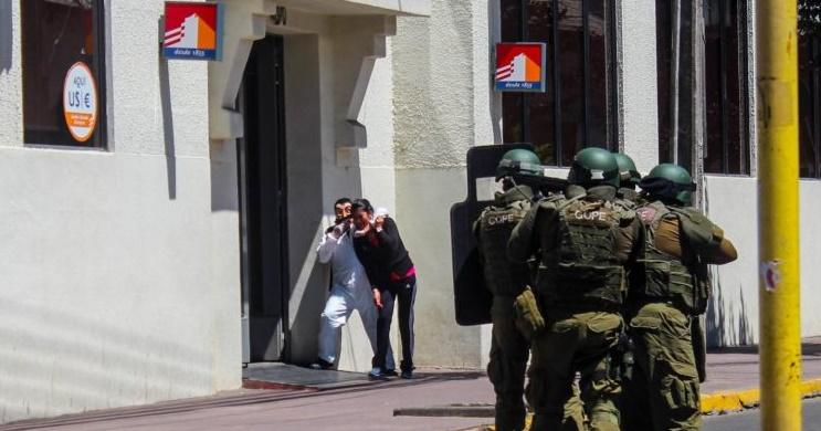 9eefad45e9 La Inspección del Trabajo acreditó vulneración de derechos durante polémico  simulacro de BancoEstado en Linares, región del Maule, llevado a cabo el 29  de ...