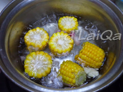 rebus jagung, bawang putih, bawang merah dan garam