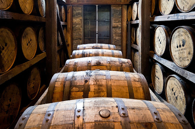 bourbon, beczki, alkohol, święta,