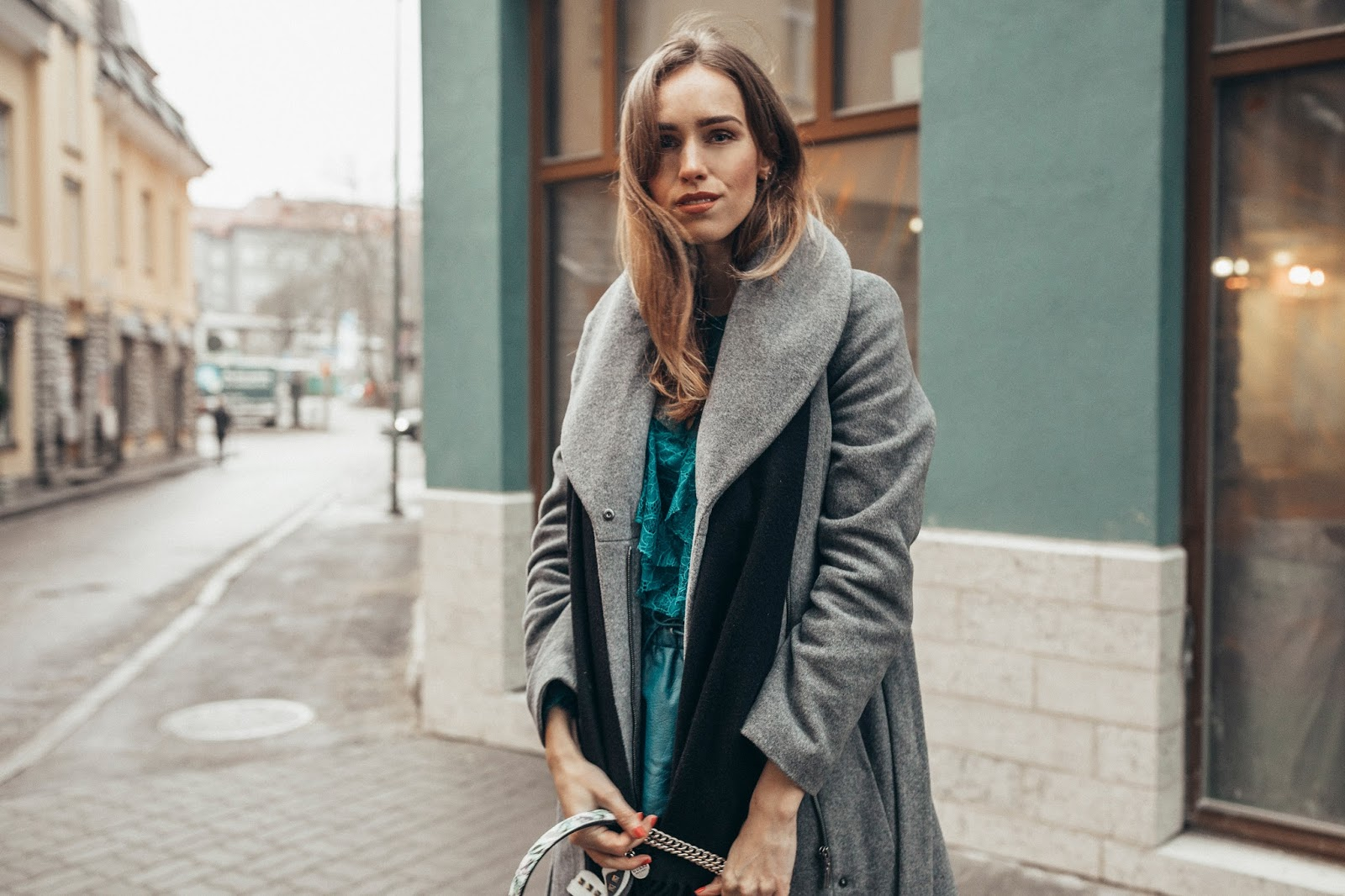 grey coat black acne scarf outfit