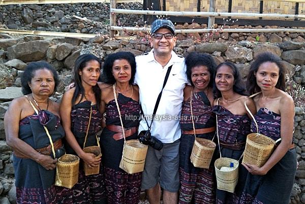 Photo of Alornese Women