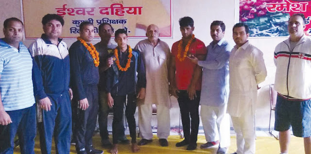 wrestler-being-welcome-by-panchnad-sena-faridabad