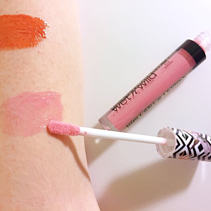 wet n wild coloricon Lip Gloss Fly Gal swatch