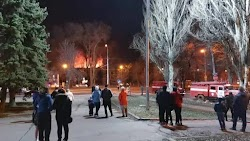 Εξαιρετικά σοβαρό περιστατικό με οσμή προβοκάτσιας έχουμε στο Ντονέτσκ καθώς ξέσπασε πυρκαγιά σε εργοστάσιο με αποθήκες τροφίμων στο κέντρο ...