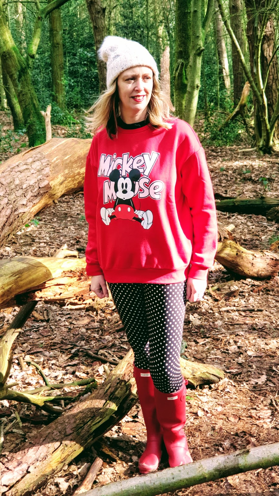 Put Your Mickey Mouse Jumper On And A Feel Good Friday Link Up