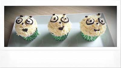 Menu Cup Cakes dari Huk Resto Family