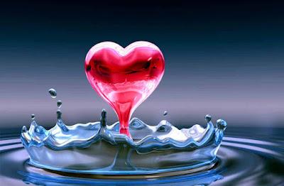 صور قلوب على مياه