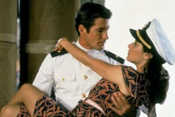 En 'La batalla de las películas' de Paramount Channel apostamos por 'Oficial y Caballero'