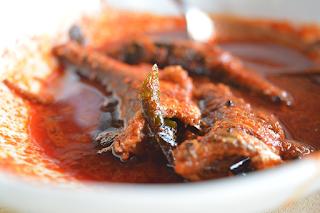 fish curry recipe in hindi