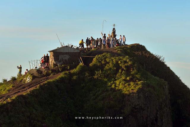 Suasana di Puncak Gunung Batur
