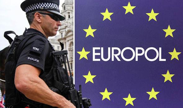 Europol: 22 le persone arrestate per frode fiscale di 26,5 milioni di euro allo Stato spagnolo