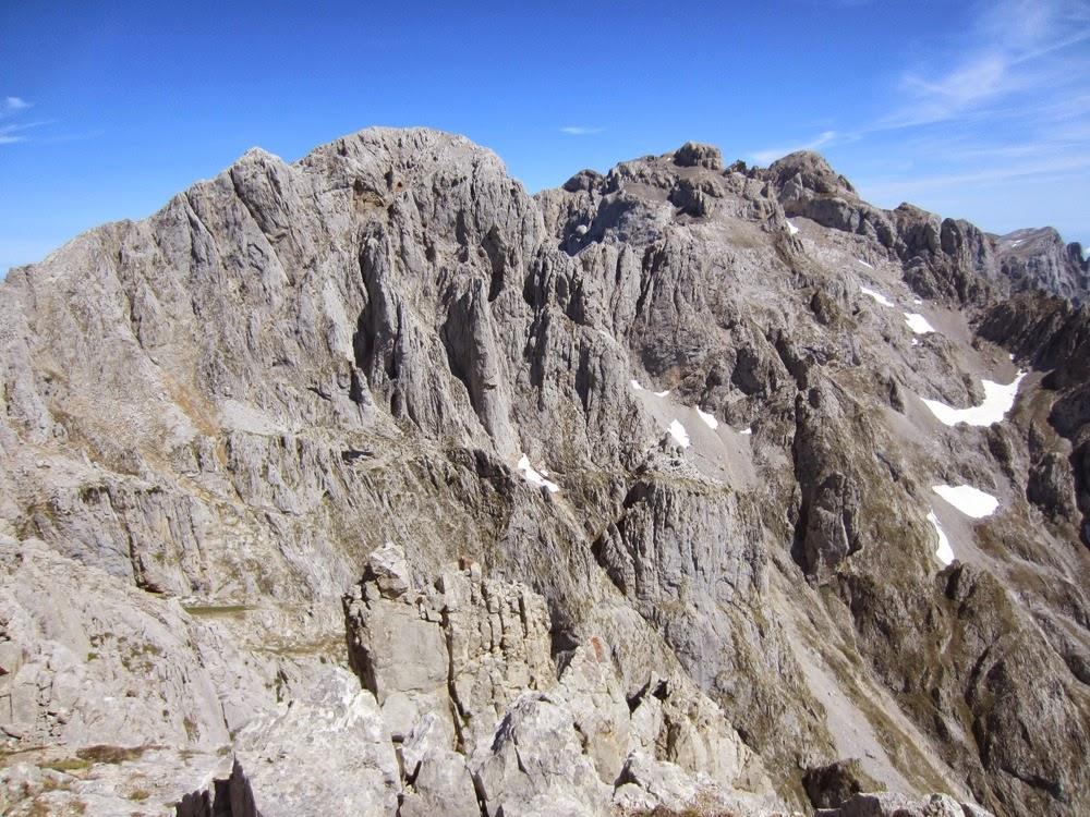 Morra de Lechugales Corredor norte Pico Cortes