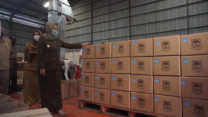 Ning Ita Pastikan Distribusi Seluruh JPS Sebelum Hari Raya Idul Fitri