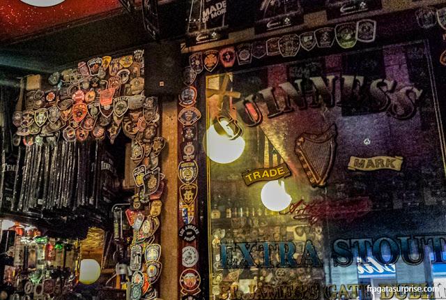Um pub em Temple Bar, Dublin, Irlanda