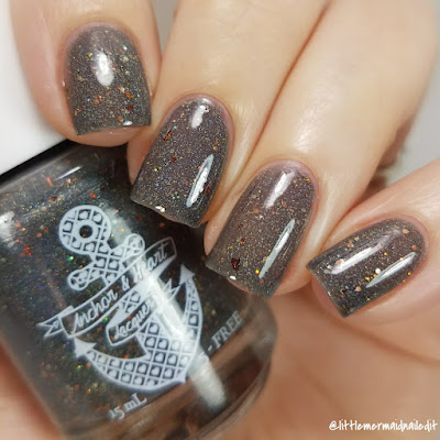 Anchor and Heart Lacquer September Polish Pick Up So Cozy Swatches and Review