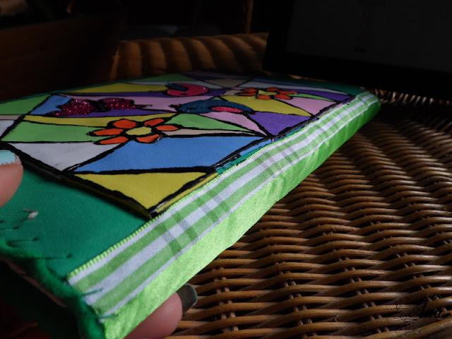 Cómo hacer una funda para tablet con goma eva y fieltro