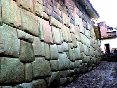 TAWANTINSUYO: Así fue el Cusco prehispánico 800px-Inca_Roca_palacio_2