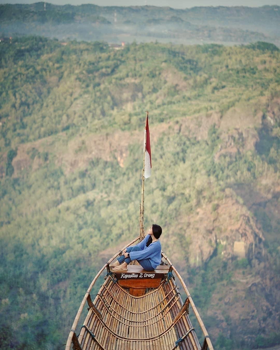 Spot Foto Perahu Jurang Tembelan
