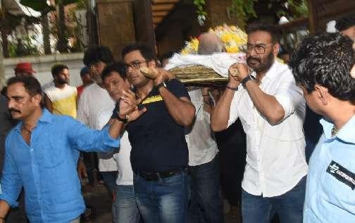 अभिनेता अजय देवगन के पिता Veeru devgan का निधन, मुंबई में हुए पंचतत्व में विलीन
