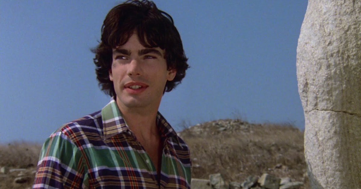 RESTITUDA1'S WORLD OF MALE NUDITY: Peter Gallagher in ...