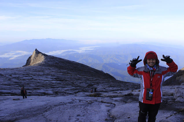 Conquering the highest mountain in Asia