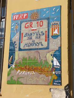 Panneau du GR10 à Banyuls