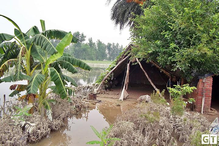 ganga-tigri-flood
