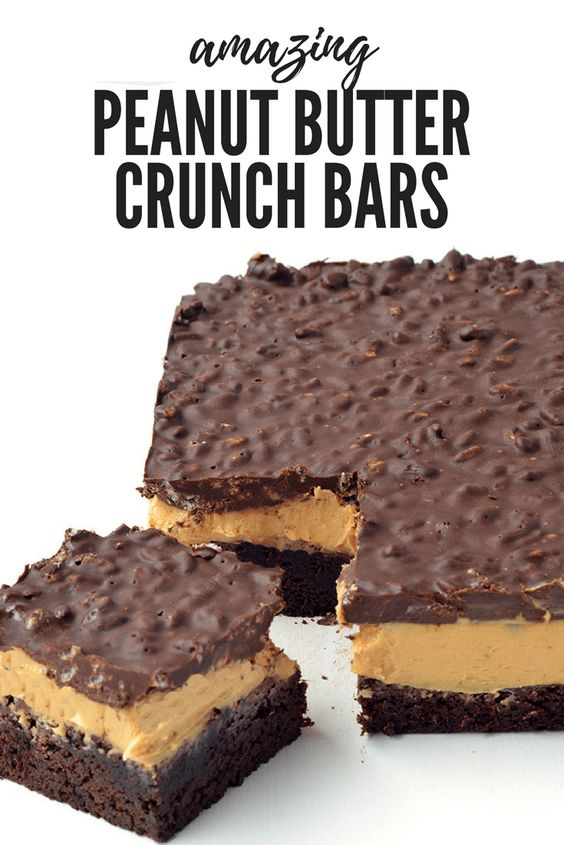 These Peanut Butter Chocolate Brownie Crunch Bars are AMAZING! Fudgy chocolate brownies topped with creamy peanut butter and a crunchy chocolate topping! Recipe #chocolate #peanutbutter #brownies #bars #dessert #nobake