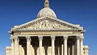Ce vendredi, environ 600 «gilets noirs» ont occupé le Panthéon en début d'après-midi pour demander une meilleure prise en charge des sans-papiers, notamment concernant l'hébergement.