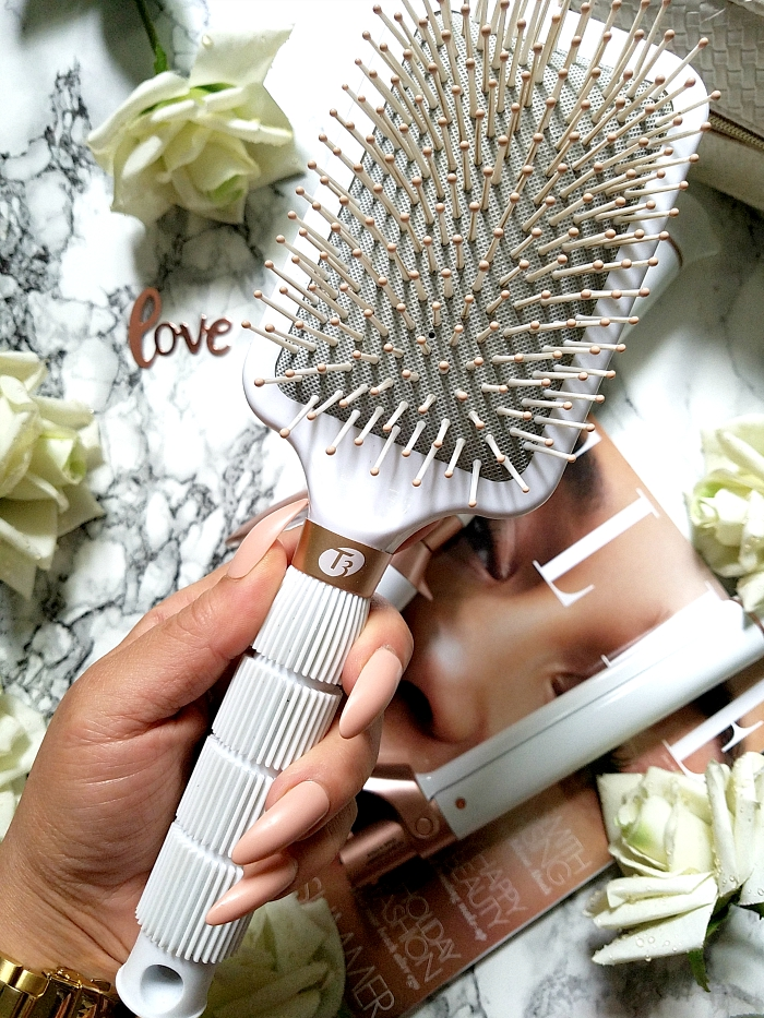 T3 Micro - Smooth Paddle Brush review madame keke