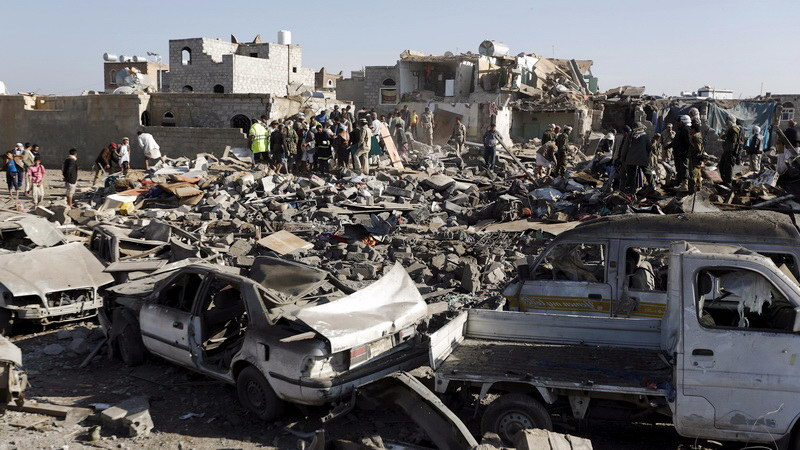 Ο αιματηρός πόλεμος για τον οποίο δεν μιλάει κανείς! Βομβαρδισμοί, πείνα, χολέρα και η AQAP στην Υεμένη
