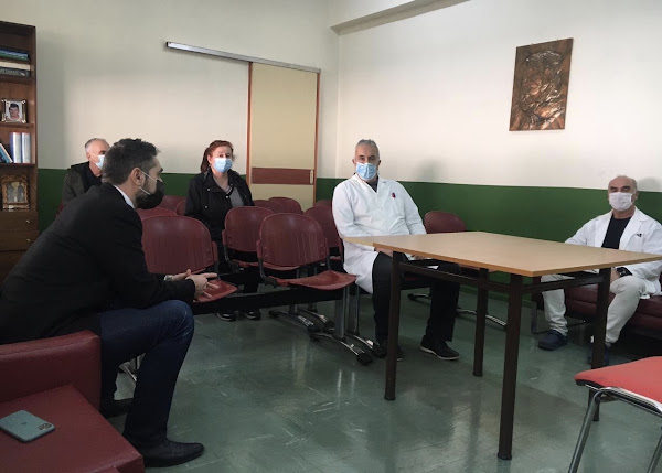 Στυλίδα: Σε Δήμο, Κέντρο Υγείας και αγορά της Στυλίδας ο Γιάννης Σαρακιώτης