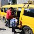 Transportistas solicitan que establecimientos abran sus puertas más temprano para resguardar a estudiantes