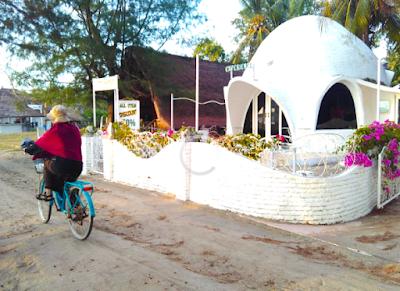 Sepeda bareng Indah di Jumat sore