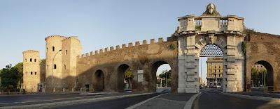 Passeggiando lungo le Mura Aureliane - Trekking culturale e visita guidata Roma
