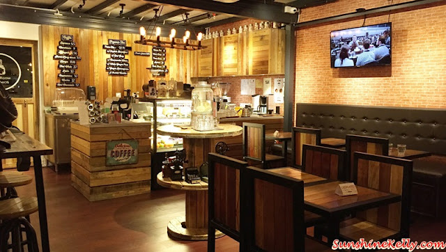 Caffe Crema, Plaza Mont Kiara, Ice Latte, Copper Mug, Durian Cheese Cake, Tiramisu, White Ginger Pear Organic Tea, Latte, Cafe Hopping