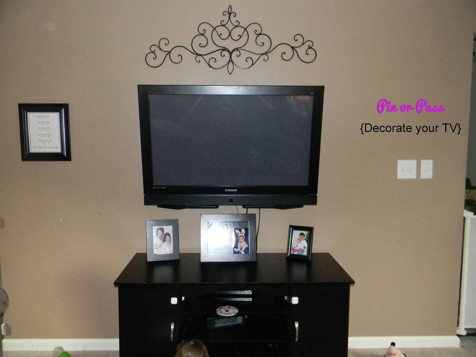 Hanging Art Above Tv Pin Or Pass Decorate Your Tv