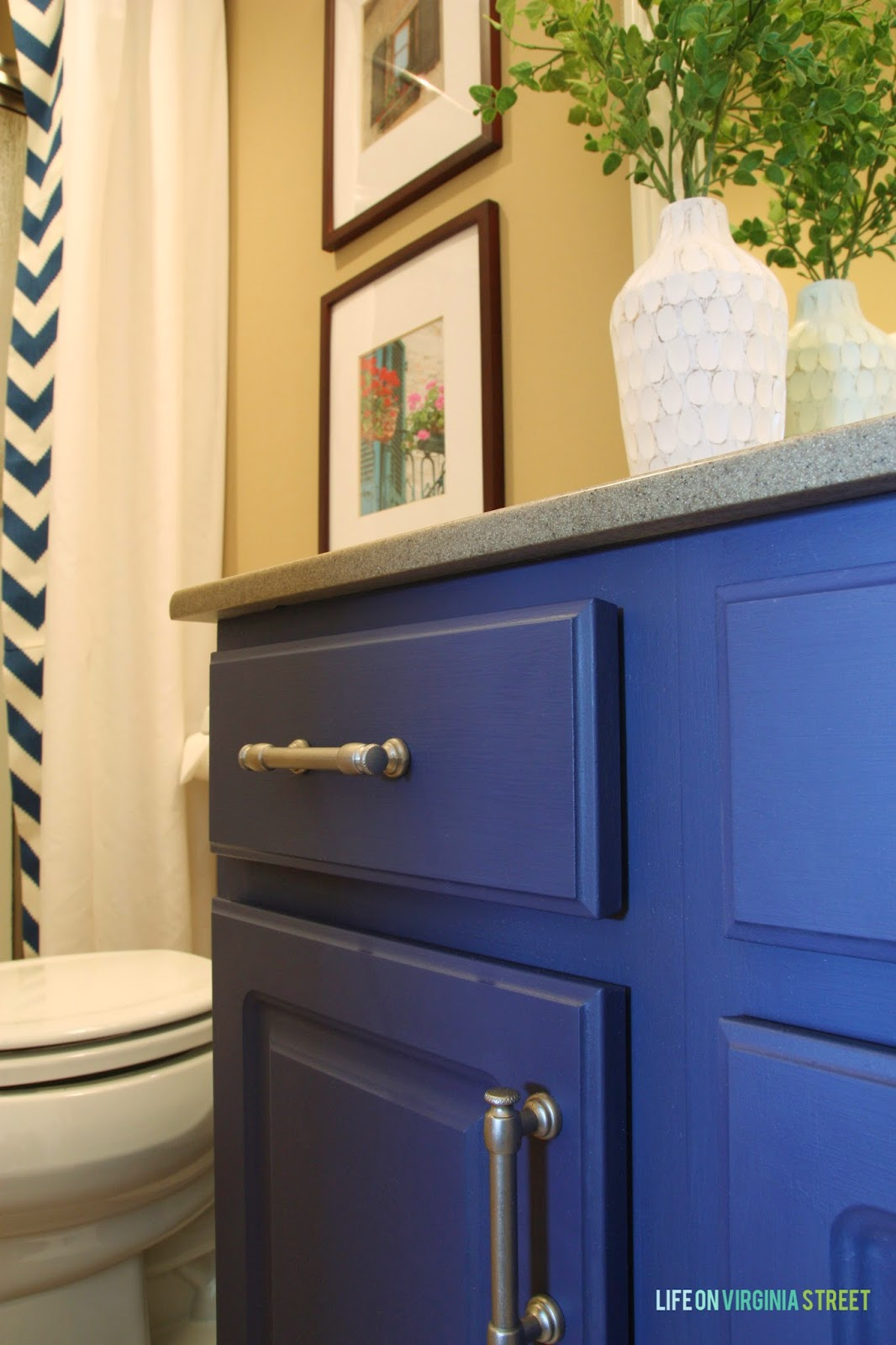 paint colors bathroom cabinets bathroom vanity makeover using country chic paint 24236