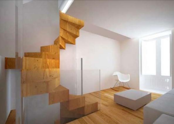 tangga rumah sempit