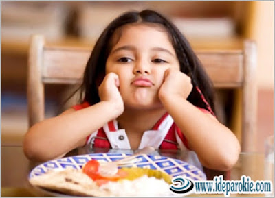 Cara Mengetahui Penyebab Psikologis Ketika Anak Susah Makan