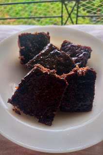 Steamed chocolate brownies