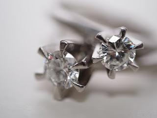 中古のダイヤモンドの指輪を高く査定しております