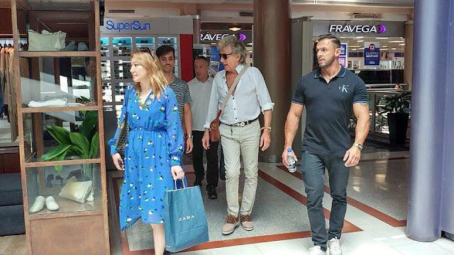 Rod Stewart de shopping en Buenos Aires horas antes de su primer show
